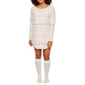 NWT Sleep Chic Nightshirt w/ Knee High Cozy Socks